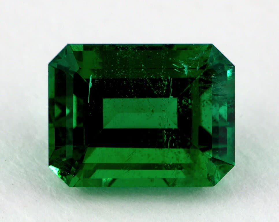 Emerald Buying Guide And Information From The Diamond Pro