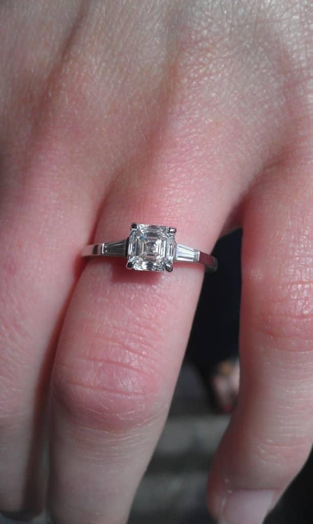 EngagementRingPicture - Asscher Cut
