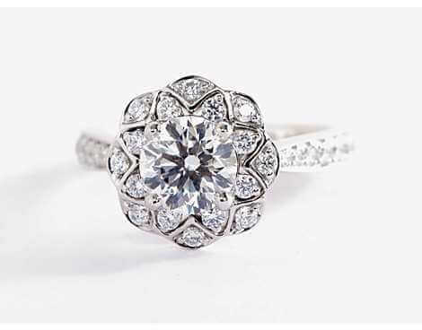 Scalloped Floral Halo Diamond Ring