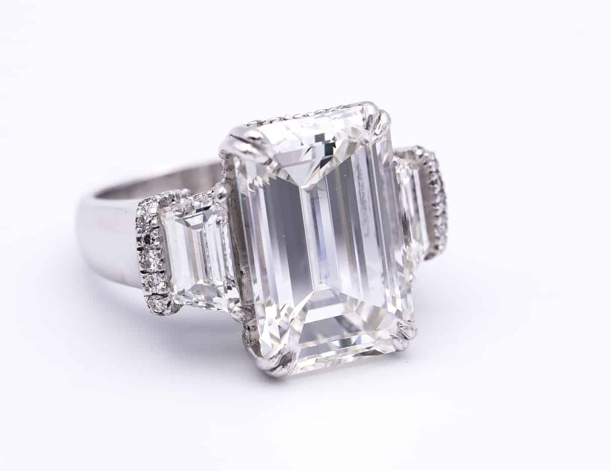 10 carat emerald cut diamond from abe mor
