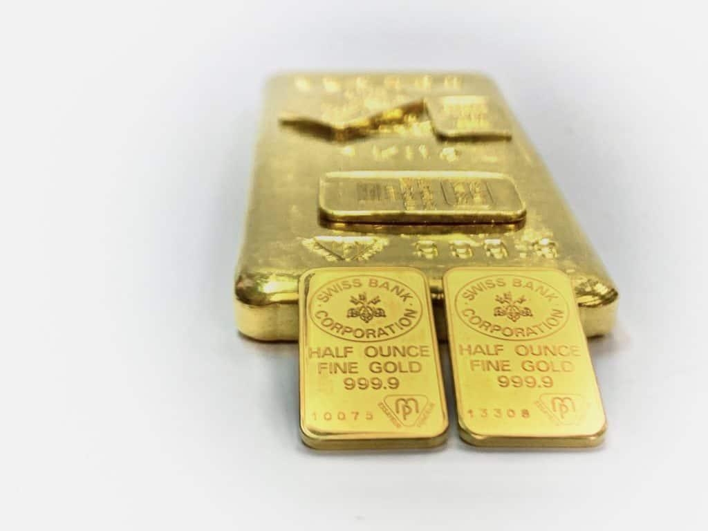 Selling gold bullions
