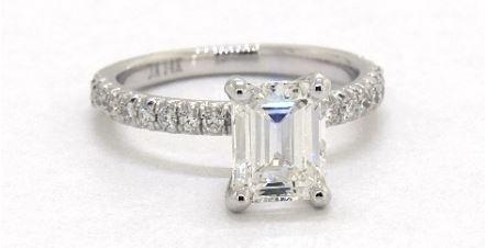 1 carat emerald cut diamond ring