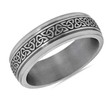 Celtic Triangle Knot Round Edge Men's Band in Tantalum