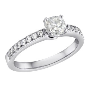 58b5cf133ad Tiffany   Co Review  Get a Tiffany Diamond Engagement Ring for Much Less